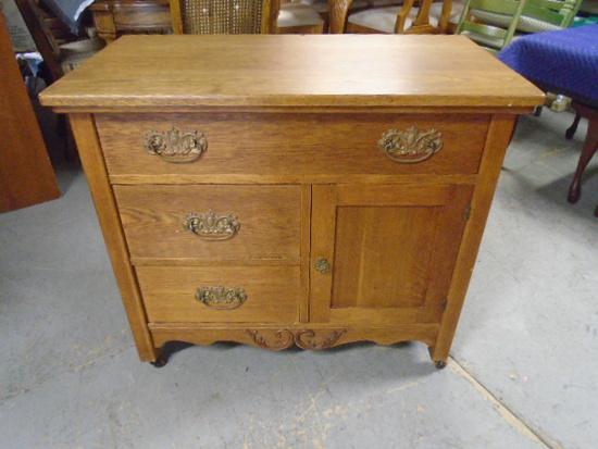 Antique Oak Camode/Dry Sink