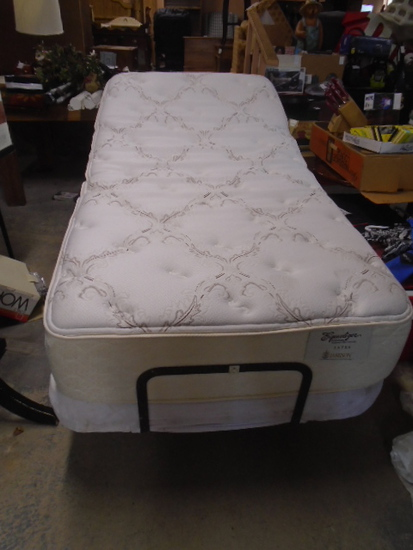 Twin Size Electric Adjustable Bed w/ Like New Mattress