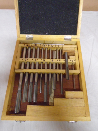 12pc Set of Reemers In Wood Case