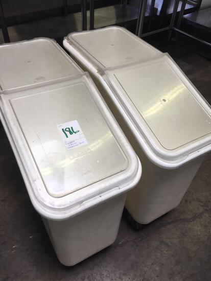 Cambro IBS20 ingredient bin