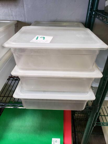 Half x 4 in. Plastic Pans w/lids