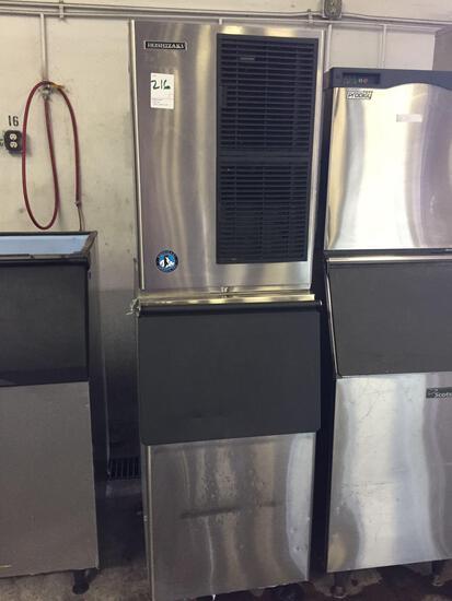 Hoshizaki 500 lb. ice machine w/Bin