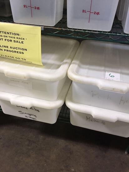 White bus pans with lids
