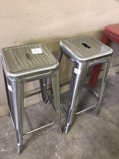 New metal barstools