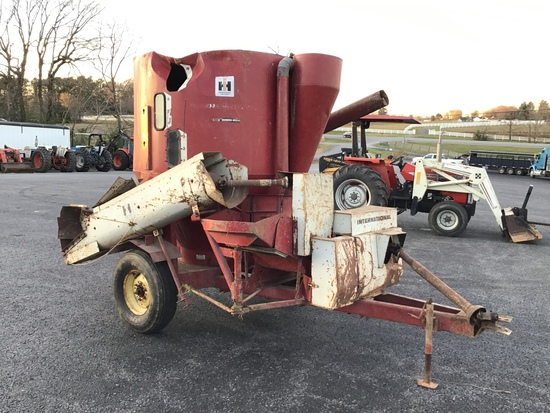 850 INTERNATIONAL FEED GRINDER