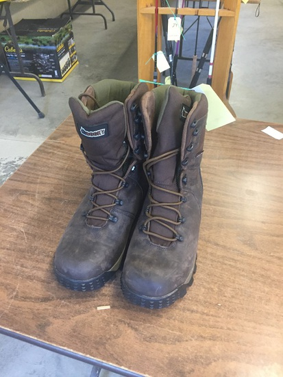 13 W BOOTS