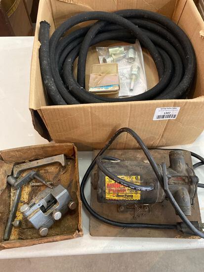 Mini vacuum pump and hose