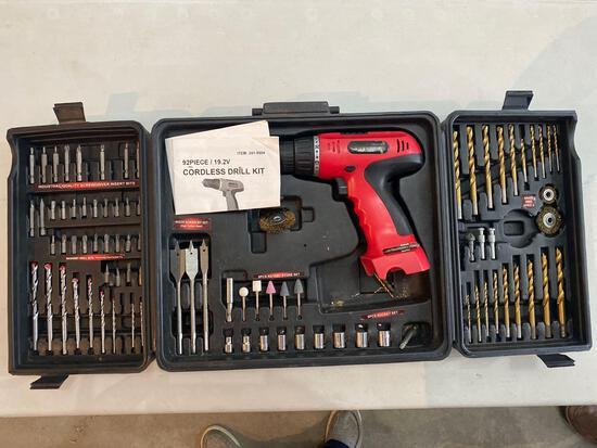 Cordless drill kit (no battery)