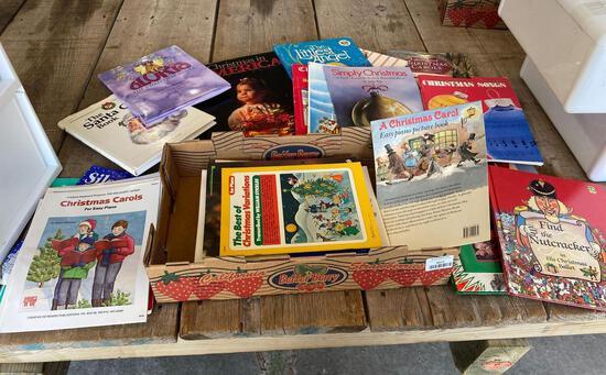 Christmas piano music, books