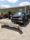 2002 Chevrolet 2500 HD 4x4 truck with plow. Extended cab. 6.0liter gas engine.