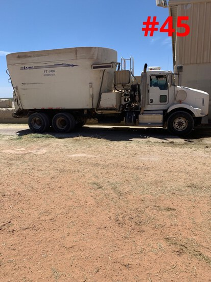 2012 KENWORTH Feed Truck with Laird VT 1400 Mixer