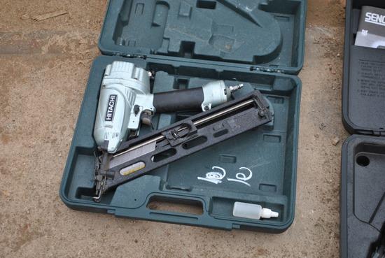 HITACHI AIR NAIL GUN