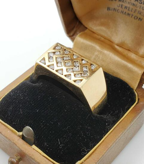 Men's 14k Gold & Diamond Ring