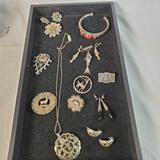 Lot Of 17 Pieces Of 800 to 925 Silver Jewelry