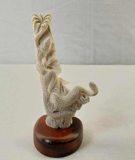 """Indonesian Deer Antler Carving Balinese Artwork """" Snake & Lizard In A Tree"""""""