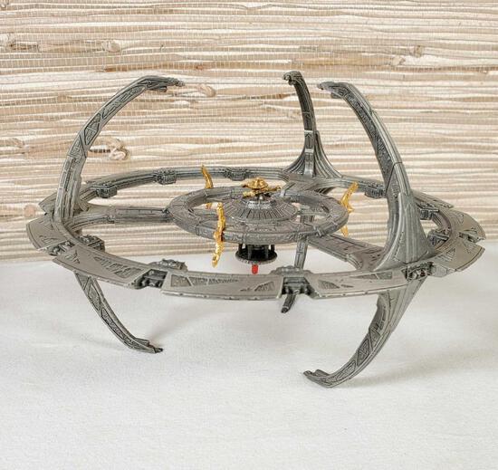 Franklin Mint Star Trek Deep Space 9 Ship