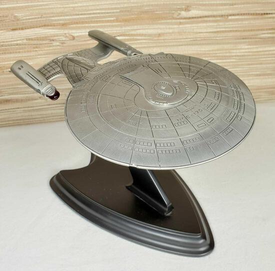 Franklin Mint Star Trek U.S.S. Enterprise Ship