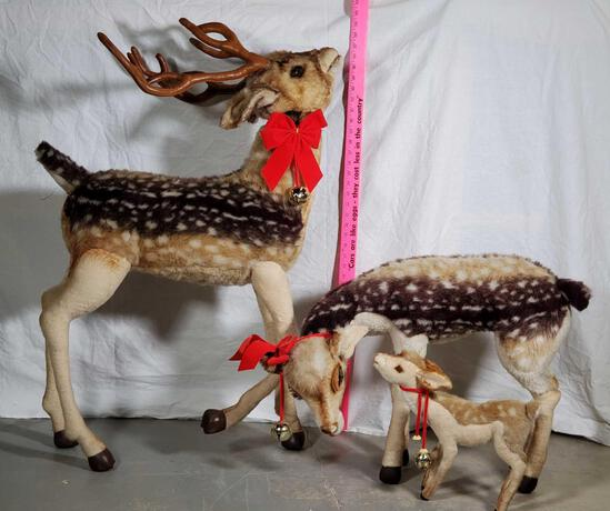 Steiff Quality European Construction Vintage Mohair Stuffed 3 Piece Showroom Size Deer Family
