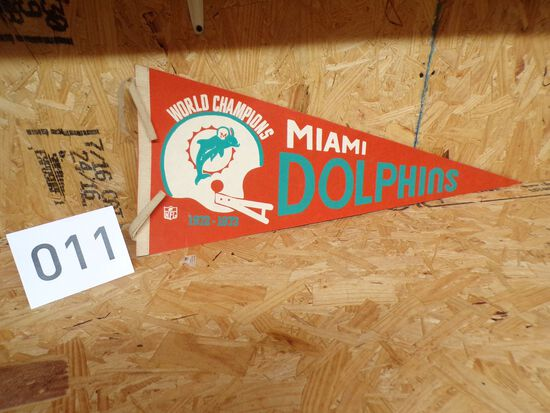 1972-1973 Vintage Miami Dolphins World Champions Pennant