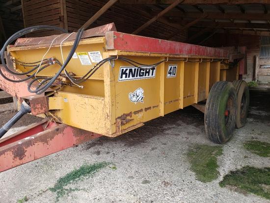 Knight 410 Manure Spreader