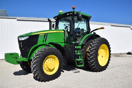 JD 7200R MFWD Tractor