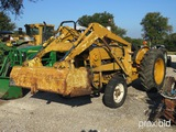 FORD TRACTOR AND LOADER (SERIAL # C141052) (NOT RUNNING)