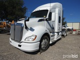 2015 KENWORTH T300 TRUCK W/ AUTOMATIC TRANSMISSION - HAS BRAKE AND CODE PROBLEMS  (VIN # 1XKYDP9XXGJ