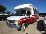 2005 FORD BUS E-450 SUPER DUTY  (SHOWING APPX 141,349 MILES) (VIN # 1FDXE45S54HB24141) (TITLE ON HAN