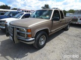 1996 CHEVROLET 2500 PICKUP (SHOWING APPX 255,845 MILES) (VIN # 1GCGC29R3TE220274) (TITLE ON HAND AND
