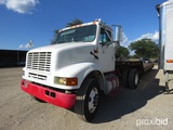 2002 IH 8100 TRUCK (SHOWING APPX 100,038 MILES)  (VIN # 1HSHBADN42H385938) (TITLE ON HAND AND WILL B
