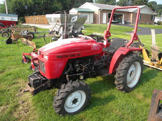 Tractor King 254 Tractor