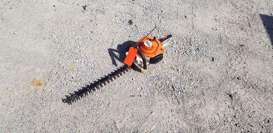 """(2) Stihl 22"""" Hedge Trimmers M#: HS46C, HS46C-E / S#: 505919649, 515942334 / Year: 2016 / Engine: 21"""