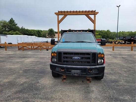 2008 Ford V8 Extended Cab Dump Truck