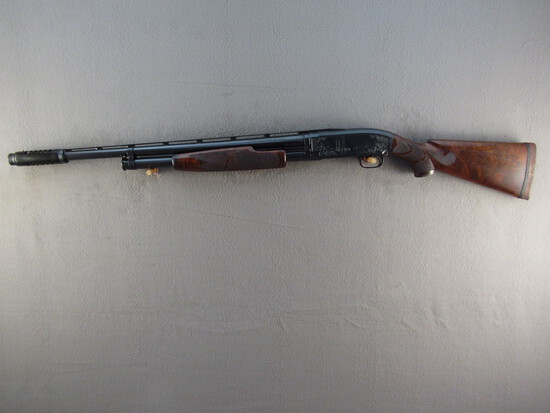 WINCHESTER MODEL 12, 12GA PUMP ACTION SHOTGUN, S#1399824