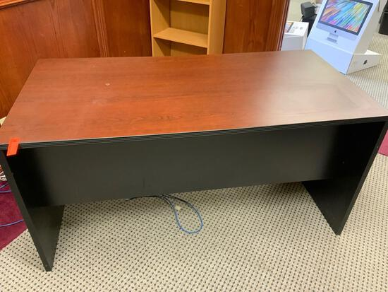 wood desk in good condition Pickup will be on Monday 3/29 from 1-6 pm at 1324 S. 119th Street. All