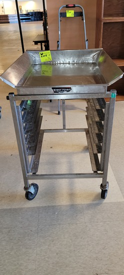 TABLE BREADING STAINLESS HOLDS 6 TRAYS REMOVABLE TOP