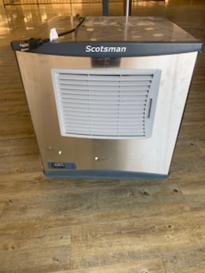 AIR COOLED SMALL CUBE ICE MACHINE