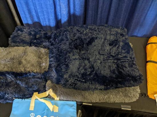 Duvet Covers/Pillow Shams/Pillow