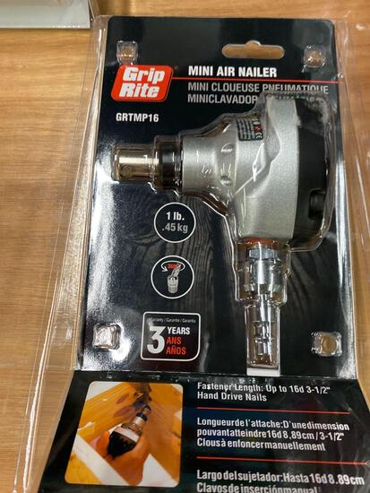 Mini air nailer