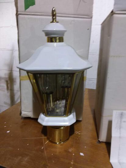 Post mounted light