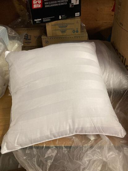 Assorted pillows