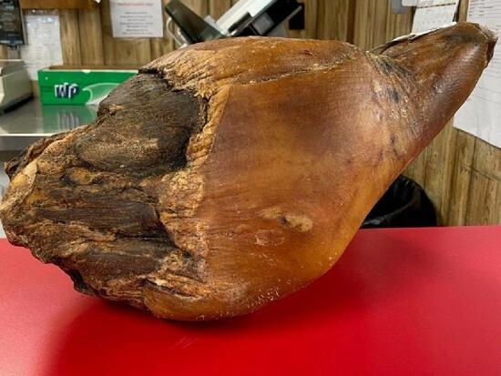 Penns Country Ham.... ...Mannsville Ky 2019 KY State Fair Grand Champion Ham