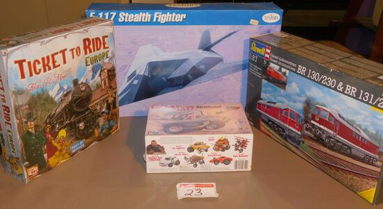 Model kits & games