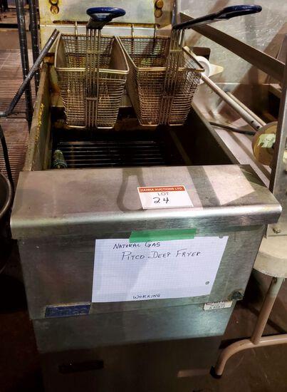 PITCO NATURAL GAS DEEP FRYER