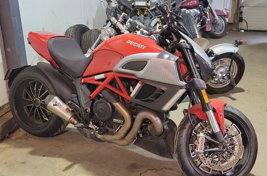 2012 Ducati Diavel 46C1200
