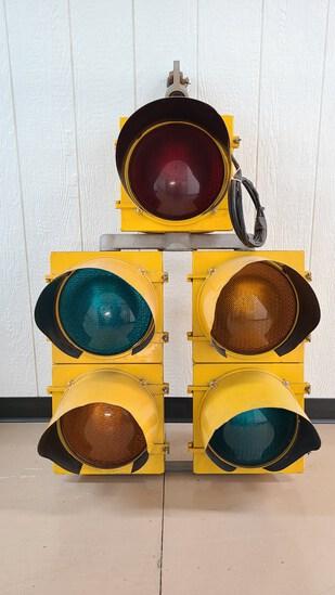 Vintage Metal Five Signal Stoplight