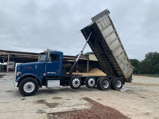 2005 Peterbilt Dump Truck VIN 9204