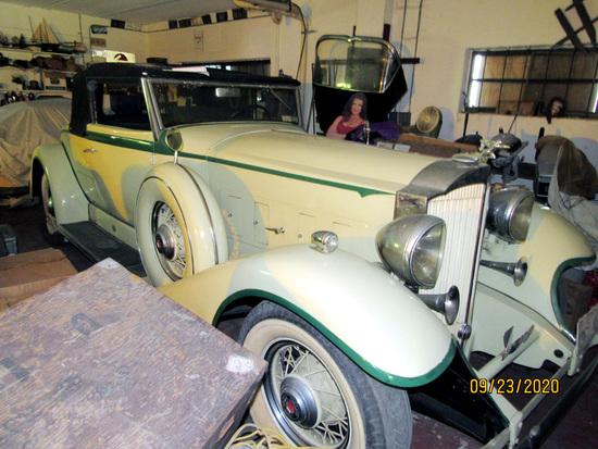 1933 Packard Super 8 Convertible