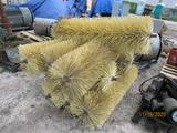 (9) Brushes