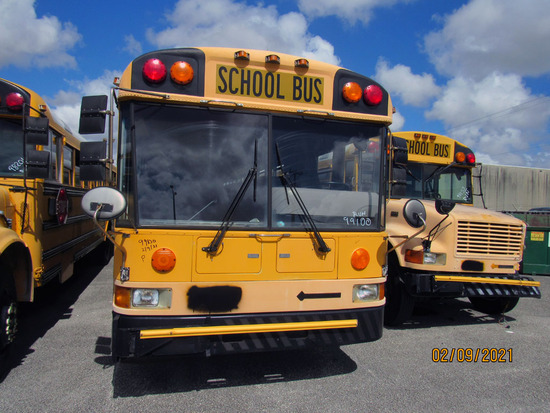 2000 International School Bus